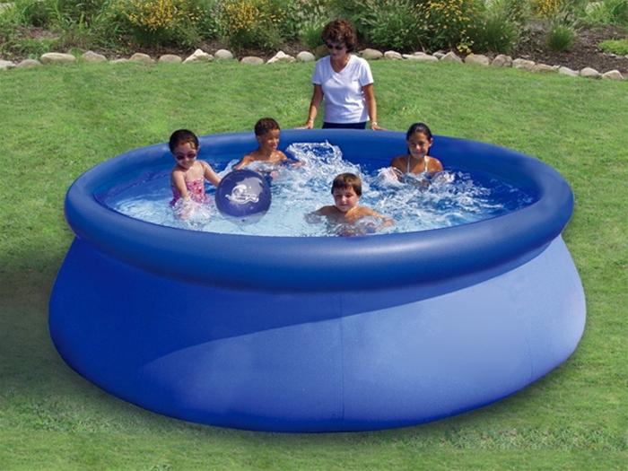 як знайти дирку в басейні