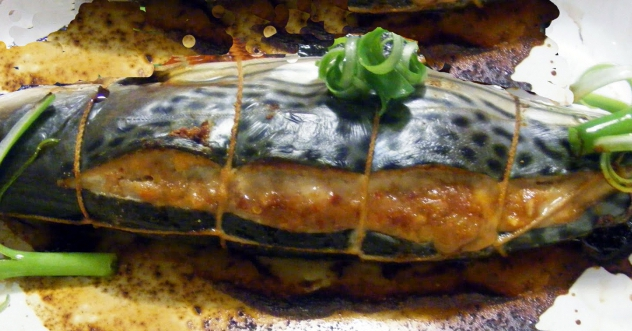 Рецепт запекания скумбрии в духовке с фото