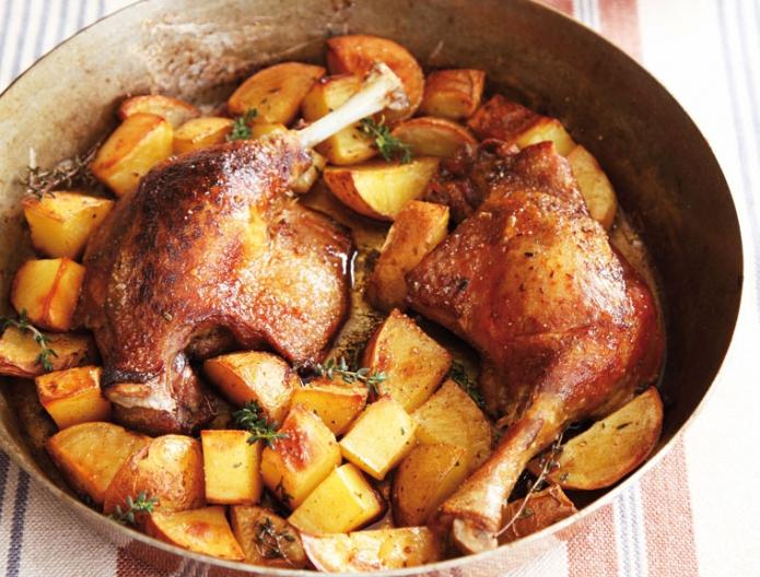 Как приготовить утку с картошкой в духовке рецепт