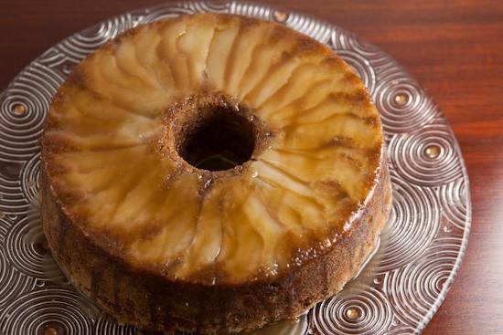Слоеный пирог с рикоттой и грушей
