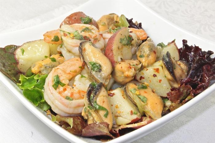 Салат из креветок мидий и кальмаров рецепт с