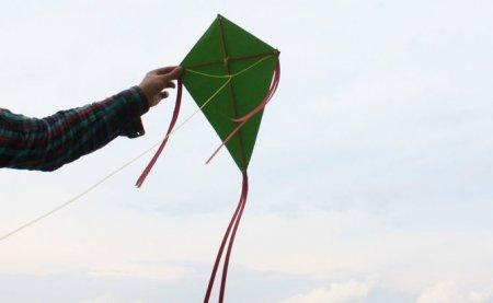 Як зробити повітряного змія в домашніх умовах: поради новачкам