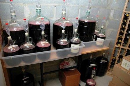 Как ставить вино в домашних условиях