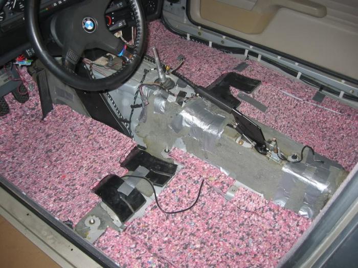 Из подручных материалов для авто