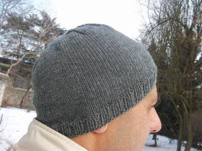 В язання чоловічих шапок спицями за універсальною схемою 4f0ed770936c1