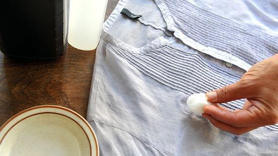 Как удалить с краску с брюк в домашних условиях 18