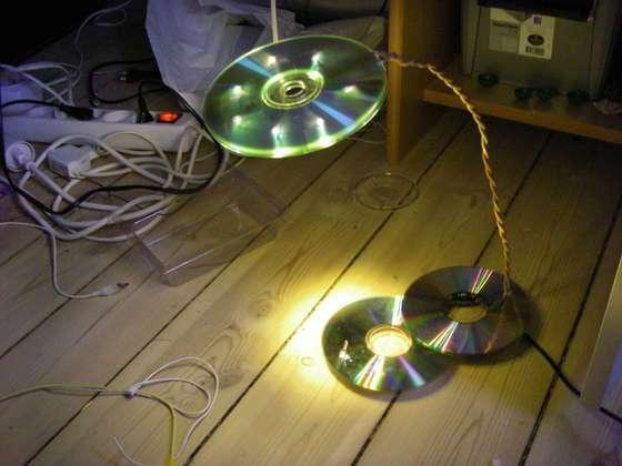 Настольный светильник своими руками из подручных материалов 36