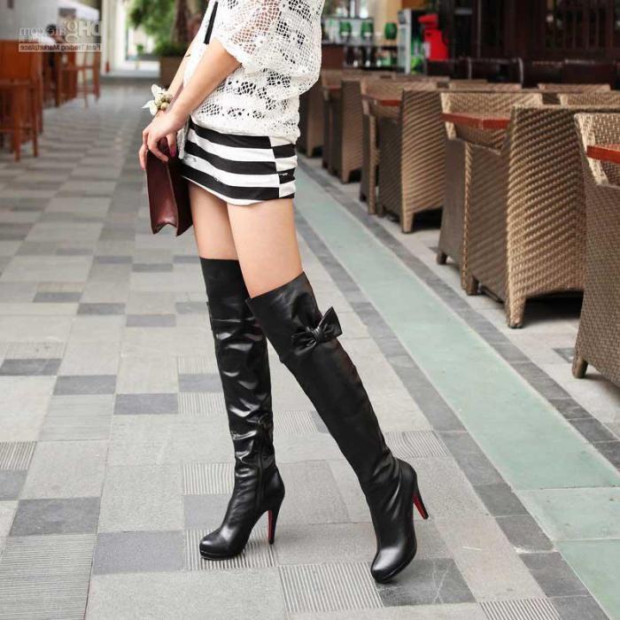 З чим носити ботфорти взимку  З чим носити замшеві ботфорти  882498a5a56cb