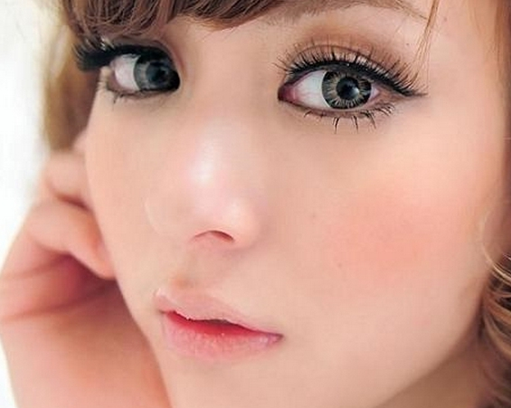 Кольорові контактні лінзи. Як вибрати відтінкові лінзи контактні f4e283416801d