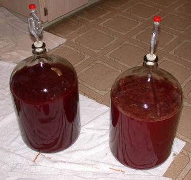 Как сделать домашнее вино из вишневого варенья в домашних условиях