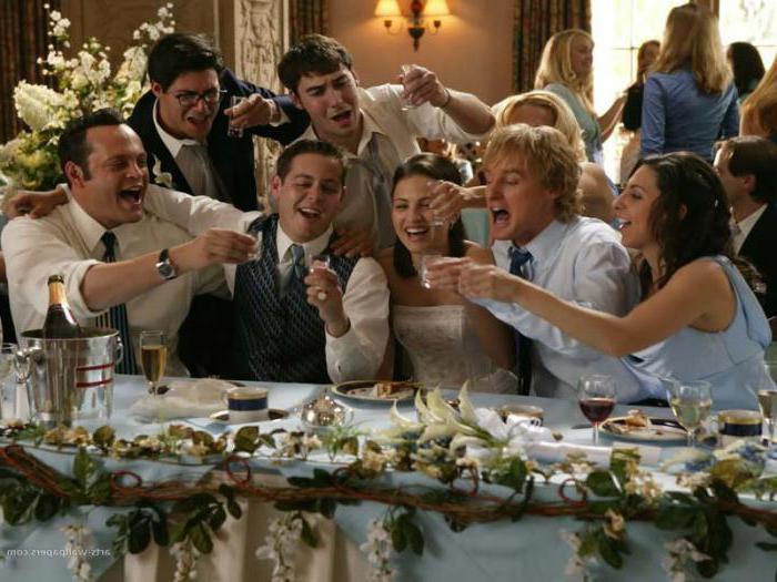 знакомство гостей за столом на новый год