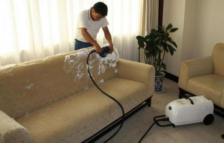 Чистка диванов на дому казань