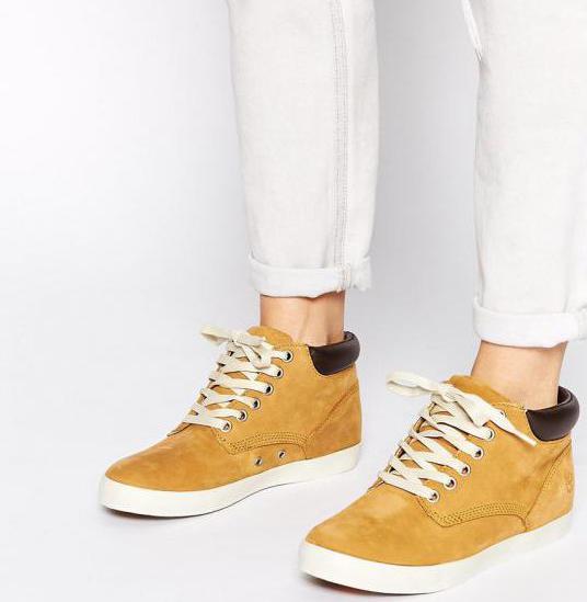 Як вибрати жіночі черевики тімберленди і з чим їх носити  279117c886fe2