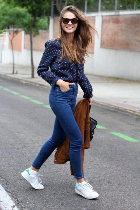 Що носити з джинсами з високою талією  Поради дівчатам 9057530b9308e