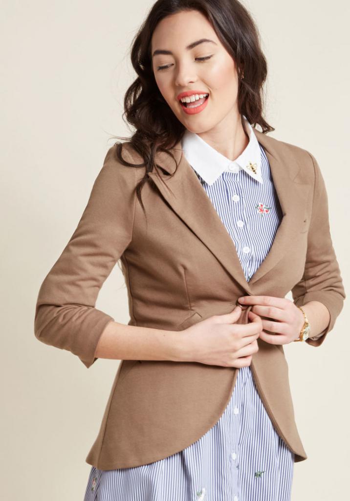 Жіночі піджаки  фото стильних моделей 277e497f0bb48